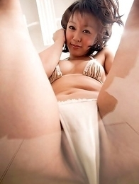 Nana Nanaumi shows hot behind and takes long socks off