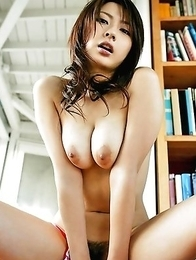 Hot nude busty cuties photos